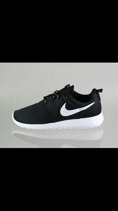 8c007d7dfd21 nike wmns Roshe Run UK black white volt Nike Roshe Run Women UK -   Nike  Roshe Run Women