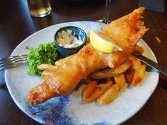 Food, Fish And Chips, Scotland, United States Street Food London, York Street, English Dishes, English Recipes, Poached Eggs On Toast, A Food, Good Food, Best Fish And Chips, Fish And Chip Shop