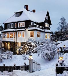 Winter travel destinations Snowy winter house, Cozy winter scene, winter photography - Home Page