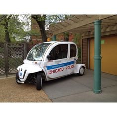 General Electric Chicago Police vehicle at Lincoln Park Zoo