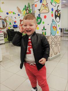 VEĽKÁ RADOSŤ TO SME MY! #detskekadernictvo #kadernictvo #trnava #bratislava #kadenrictvotrnava #car #boy #littleboy #cute #cuteboy #haircut #hairstyle #boyhairstyle #slovakia #slovensko