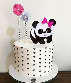 50 Ideias para Festa Panda Panda Birthday Cake, Baby First Birthday Cake, Pretty Birthday Cakes, Bear Birthday, Birthday Cake Toppers, Panda Themed Party, Panda Party, Bolo Panda, Bolo Fack