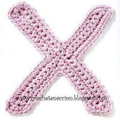 crochet patterns for all letters! Abecedario en crochet A - Z Loom Crochet, Ravelry Crochet, Cute Crochet, Crochet For Kids, Crochet Crafts, Crochet Baby, Crochet Projects, Applique Patterns, Stitch Patterns