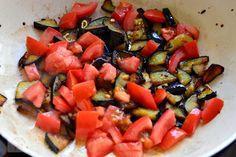 Vinete cu naut si patrunjel - CAIETUL CU RETETE Ratatouille, Eggplant, Vegetable Pizza, Foodies, Stuffed Peppers, Vegetables, Ethnic Recipes, Fine Dining, Salads