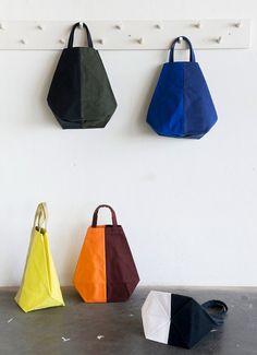 shopper green black by chrisvanveghel on Etsy . Triangle Bag, Fab Bag, Fabric Bags, Diy Bags, Shopper, Handmade Bags, Fashion Bags, Milan Fashion, Bag Making