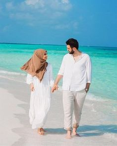 2,203 Likes, 10 Comments - Hijab Muslim Couples (@muslim.coupless) on Instagram