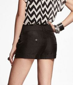 "#Express Jeans- 2 1/2"" YOKE FRONT PLEATED SHORTS"