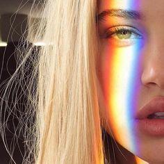 Resultado de imagem para fotos tumblr com arco iris no rosto