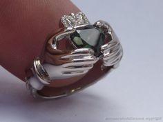 Aussie Sapphire 18ct white gold Claddaugh ring