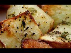 طريقة عمل بطاطس مشوية بتتبيلة الزعتر والبابريكا