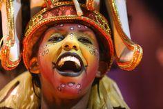 Felipe Rau/Estadão - Unidos do Peruche abre o segundo dia de desfile no carnaval de São Paulo