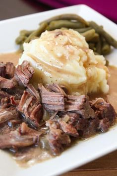 Slow Cooker Sirloin Steak and Gravy Slow Cooker Lendensteak & Soße The post Slow Cooker Lendensteak und Soße & Easy Dinner Ideas appeared first on Recipes . Crock Pot Recipes, Crockpot Dishes, Crock Pot Slow Cooker, Crock Pot Cooking, Beef Dishes, Slow Cooker Recipes, Cooking Recipes, Crock Pot Steak, Cooking Steak
