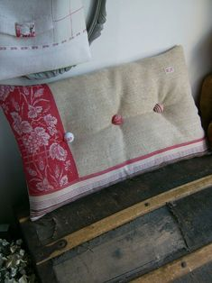 Red linen toile pillow