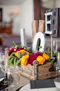 wood-box-wedding-centerpiece