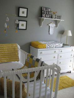 Amarelo e cinza. mobile lindo.