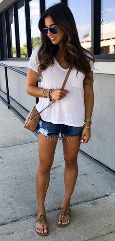 #fall #outfits women's white v-neck t-shirt