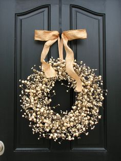 Daily Dream Decor: Merry Christmas and then some Merry Christmas, Christmas Home, Christmas Holidays, Christmas Wreaths, Christmas Crafts, Christmas 2019, Decor Crafts, Diy And Crafts, Natal Diy