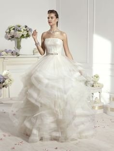 """Doris"" #WeddingDress by Novia D'Art, 2014 Collections. www.noviadart.com"