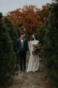 Our love for this Christmas wedding inspiration is evergreen | Image by B. Matthews Creative