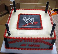 WWE Cake for all the little/big wrestling fans! Wrestling Birthday Parties, 10th Birthday Parties, Boy Birthday, Birthday Ideas, Wrestling Cake, Wrestling Party, Wwe Cake, Wwe Lucha, Wwe Party