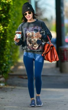 The Katy Keene star picks up some caffeinated beverages while out and about in Los Angeles. Sporty Outfits, Fall Outfits, Fashion Outfits, Lucy Hale Outfits, Short Hair Outfits, Lucy Hale Style, Denim Jacket With Fur, Hottest Photos, Autumn Winter Fashion