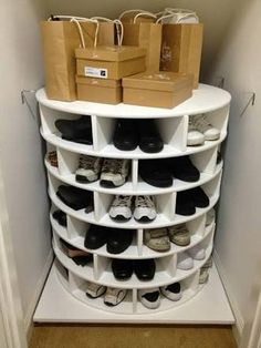 DIY Lazy Susan Shoe Storage This Lazy Susan Shoe Organizer Keeps Your Shoes Neat, Organized, And All in One Place Closet Storage, Diy Storage, Storage Ideas, Bedroom Storage, Storage Solutions, Shoe Storage Life Hacks, Understairs Shoe Storage, Storage For Shoes, Garage Shoe Storage