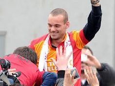 Cool stuff you can use.: Wesly Sneijder tells Galatasaray fans: I came here to be a legend