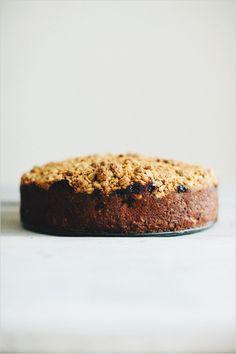 buttermilk berry crumb cake