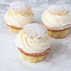 Magisk goda semmelmuffins som är en värdig ersättare till de klassiska semlorna. Och de går mycket snabbare att baka!