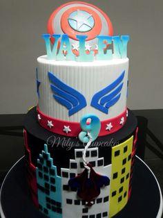 Spiderman & captain América cake