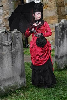 Victorian #Goth at Whitby