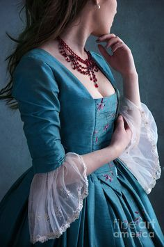 Lee Avison – Art (Page of Georgian Woman From 1770 by Lee Avison Old Fashion Dresses, Old Dresses, Pretty Dresses, Vintage Dresses, Beautiful Dresses, Vintage Outfits, Vintage Fashion, 1700s Dresses, Fantasy Gowns