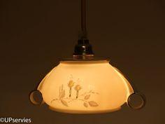 """Moederdagcadeau: Hanglampje van vintage porseleinen suikerpot Pirkenhammer """"Nancy"""" door upservies op Etsy"""