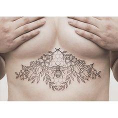 Výsledek obrázku pro bee tattoo underboob