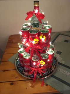 Geburtstag - Gifts For Teens Diy Christmas Gifts, Christmas Tree, Holiday Decor, Ideas Decoracion Cumpleaños, Wonderful Picture, Gifts For Teens, Yellow Roses, Gift Baskets, Diy Gifts