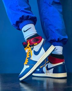 Union x Air Jordan 1 High Blue Toe BV1300-146 Sneakers Outfit Casual, Work Sneakers, Sneaker Outfits Women, Sneakers Looks, Sneakers Fashion Outfits, Nike Shoes Outfits, Jordan Outfits, Fashion Shoes, Winter Sneakers