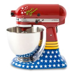 Batedeira Kitchen Aid Customizada by Cia Vintage • Wonder Woman Print • Mulher Maravilha