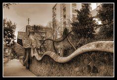 Finca Miralles by Antoni Gaudi