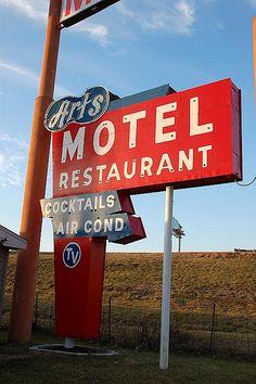 Art's Motel, Route 66 - Farmersville, Illinois