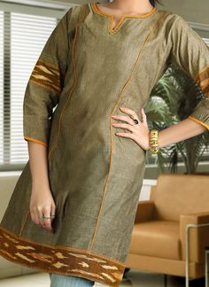 Shop now all the latest Kurti designs for women. Explore Cbazaar's huge collection of party wear and casual wear Indian Kurtis featuring a huge variety. Stylish Dress Designs, Stylish Dresses, Salwar Designs, Blouse Designs, Designer Kurtis Online, Salwar Kurta, Bollywood Outfits, Kurti Patterns, Ethnic Outfits