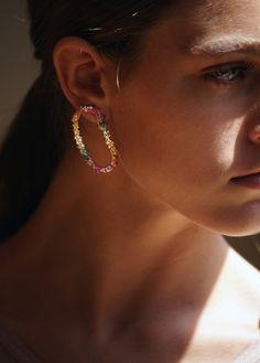boucles oreilles dichotomy en diamants et saphirs rainbow dana khouri