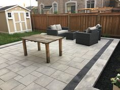 Permacon's Melville slabs in scandina grey