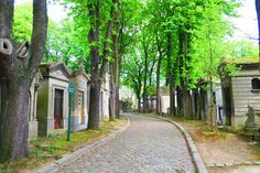 The cobble stone lanes of the Pere Lachaise Cemetery