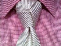 Tendance : De nouvelles façons de nouer sa cravate!