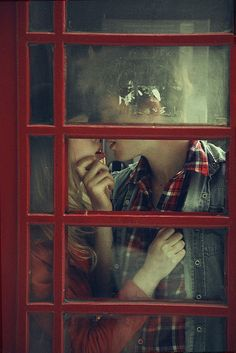 This makes me wanna go to England, find a hot  guy with a sweet accent and take a picture in a phone booth.