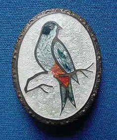 ANTIQUE VINTAGE BLUE BIRD CLOISONNE GUILLOCHE PIN BROOCH ON COPPER