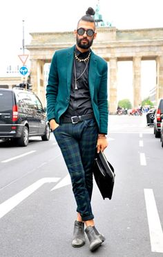 Plaid Pants . Green Blazer . Menswear, psaw, I like this or a version of this, for MOI