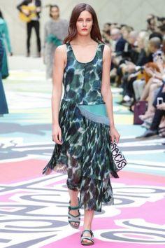 London Womenswear S/S 2015  Burberry Prorsum