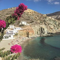 island of Folegandros (Φολέγανδρος) The beautiful Agali beach ...