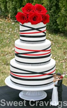 Black and white wedding - Cake by mycravings